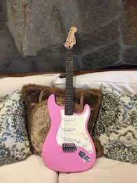 Electric Guitar Pink Squire by Fender