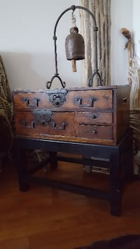 Antique chest Japanese tansu with key from Edo period