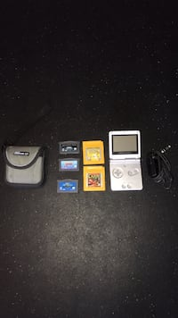 Nintendo Gameboy Advance SP + Games Aldie, 20105