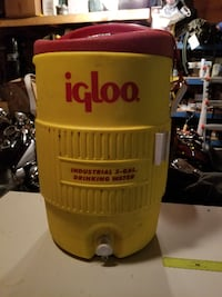 Igloo water jug