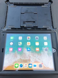 Ipad  air 2 wifi 16gb with otterbox case MEADOWBRK FRM, 40223