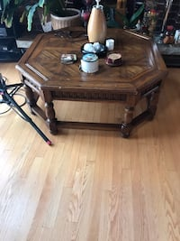 Solid Wood Coffee Table  Mississauga, L5V 1R8
