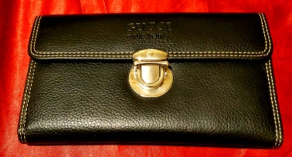 8a6021f72769 Used Authentic Gucci Wallet for sale in San Francisco - letgo