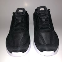 pair of black Adidas running shoes Montréal, H3W
