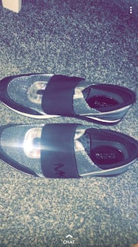 Micheal kors shoes size 8