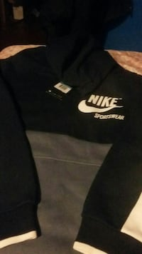 Brand New Nike sweater