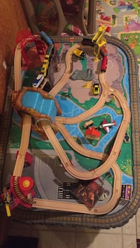 Toys Train table