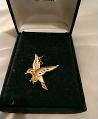 Gold eagle pendant Winnipeg, R2W 4Y8
