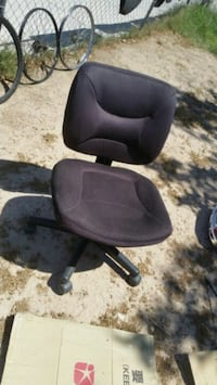 black leather office rolling chair Las Vegas, 89104