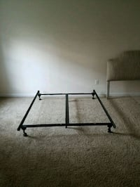 Metal bed frame Frederick, 21704