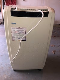 Haier Two hose portable air conditioner, heat and cool, 12,000 BTU. Windham, 03087