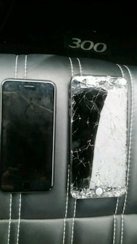 (2) iphones 256gb sopd together Houston, 77090