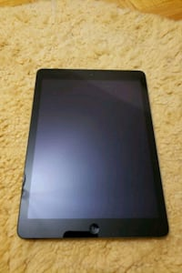 iPad air 32 GB with cell
