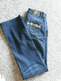 Size 25 New Guess jeans Red Deer, T4R 1X4