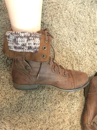 brown combat boots size 9 Modesto, 95350