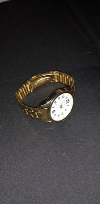 18k GOLD plated watch Ancaster, L9K 1R6