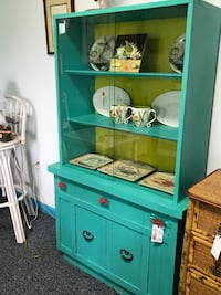 Funky and bright smaller sized hutch with crab knobs Ocala, 34471