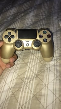 gray Sony PS4 game controller Bakersfield, 93313