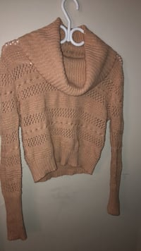 Price is negotiable. Beautiful soft, comfy and stretchable sweater  Toronto, M1P 3B8