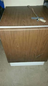 FREEZER 28IN WIDE X 32IN HIGH GETS ICE COLD SEARS Philadelphia, 19124