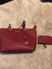Red michael kors leather bag with purse