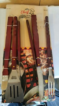 Perfect for a Christmas gift - Bbq set Bowmanville, L1C 4G5