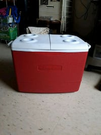red and white Rubbermaid cooler Toronto, M1G 3S8