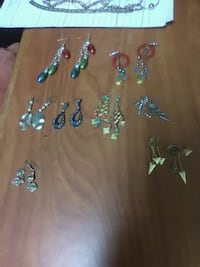 Ear rings $10 for all Warner Robins, 31093