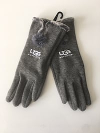 Women's Ugg Smart Touchscreen Gloves! Black, Gray, Tan, Navy, & Maroon. 1 Size Fits All. BRAND NEW / Never Worn!! Baltimore, 21215