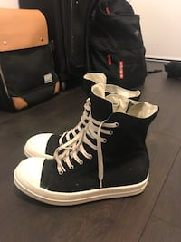 Rick owen DRKSHDW shoes for sale, text me if you want to buy, also include box, size is 41 1/2 Toronto, M5J 1B7