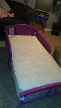 toddler bed with mattress Middletown
