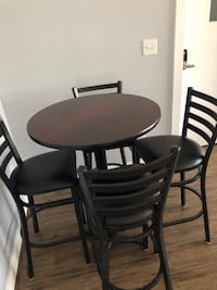 High top table with 4 chairs null, 23005