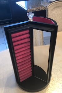 Jewelry stand perfect for Xmas smoke free house  Laval, H7W 1H7