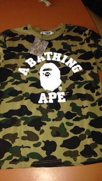 green and black camouflage Bathing Ape t-shirt Lothian, 20711