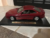 Maisto red BMW 850i scale model