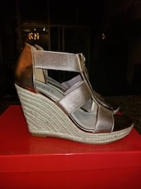 Rose Gold Guess wedges Chicago