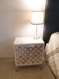 Side table and  table lamp Fairfax, 22033
