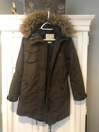 XS Aritzia Community Winter Coat- Army Green Vaughan, L6A 2R5