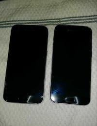 2 Samsung Galaxy S7, cases, charging port