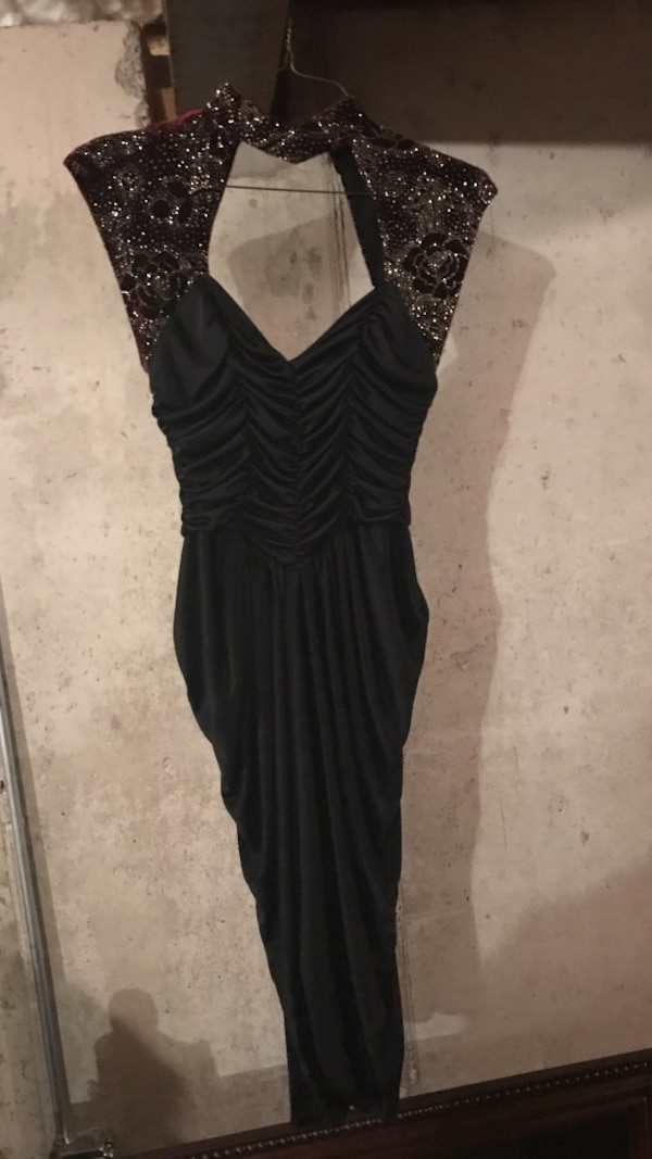 Used Gray and black Queen anne neckline tank dress for sale in South  Whitehall - letgo 93366779287f1