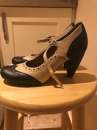Black-and-white leather heeled shoes Brandon, IP27 0EJ