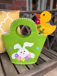 """Easter basket 10"""" tall and 11"""" wide Mooresville, 28117"""