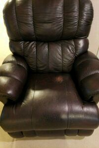 brown leather recliner sofa chair Silver Spring, 20906