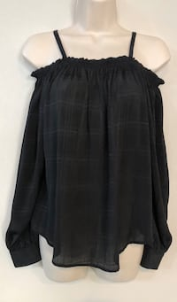 New I.N. San Francisco off the shoulder sheer top. Sz S Las Vegas, 89138