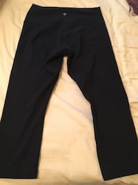 Lululemon crop pants size 10