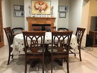 Dining Table + 6 Chairs.!! Kenner, 70065