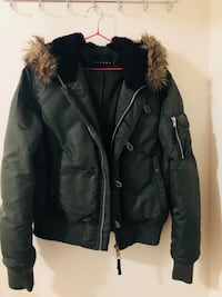 Dark green winter jacket size M 542 km