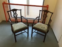 A Pair of English Chippendale Antique Mahogany Chairs 8 km