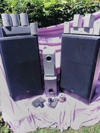black and gray home theater system Omaha, 68111