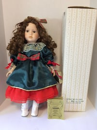 """Vintage 1998 """"Ashley"""" by Seymour Mann Connoisseur Collection Porcelain Doll In Original Box & Stand"""